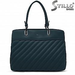 Дамска чанта в петролено зелено – 37242