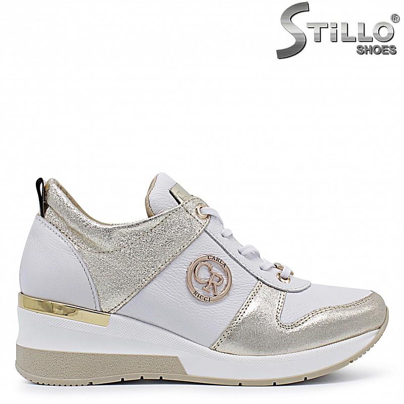 Сникърси на платформа в бяло и златно – 37295