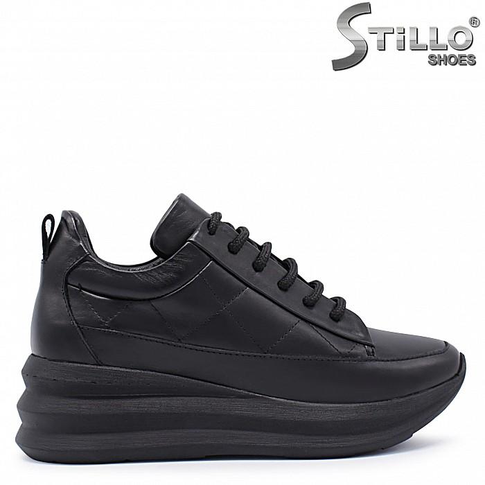 Дамски спортни обувки на платформа от кожа – 37377