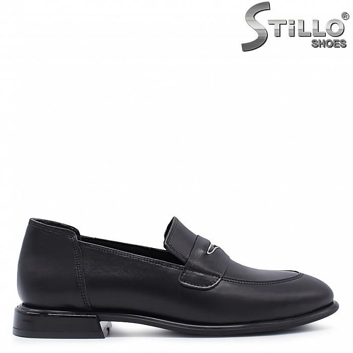 Ежедневни обувки на нисък ток естествена кожа – 37392