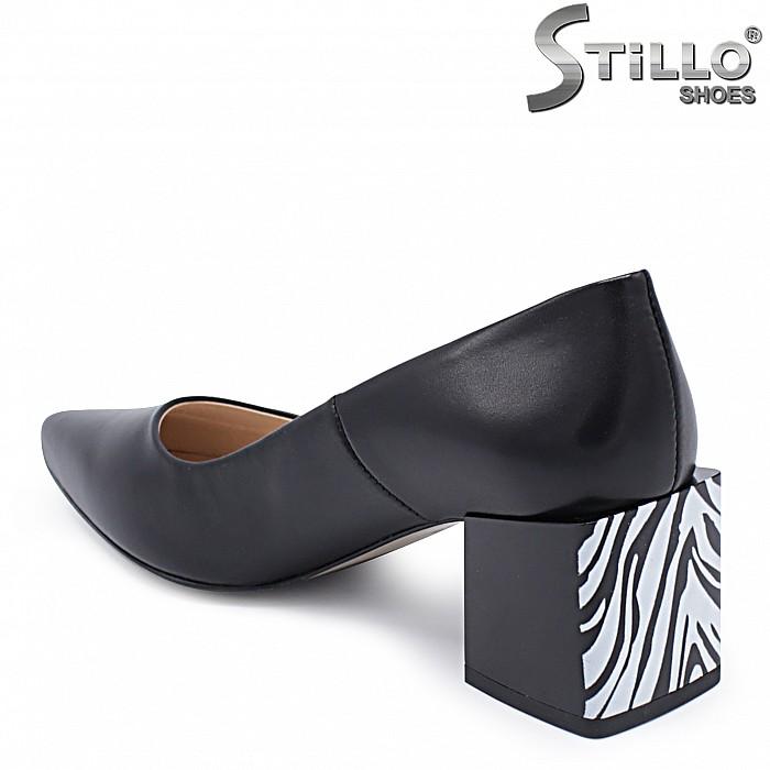 Елегантни обувки с ефектен ток – 37406