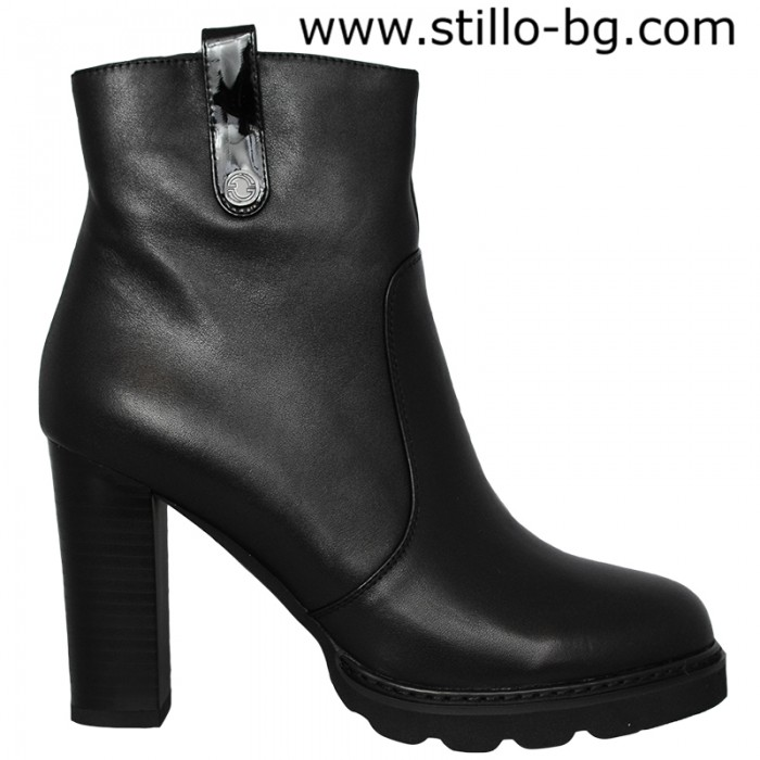 4be0b32b61d Stillo магазини за обувки, Дамски боти с дебел ток и платформа - 27711