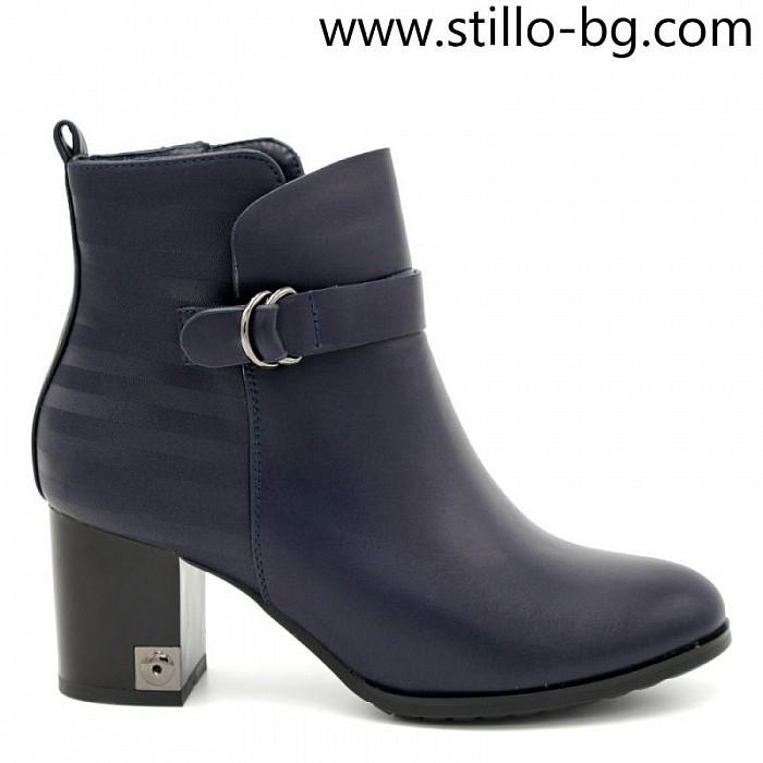 925f1c306cc Stillo магазини за обувки, Дамски боти от синя кожа, на среден ток ...