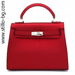 Малка дамска чанта от червена кожа