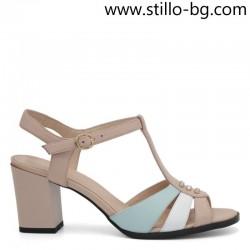 Дамски кожени сандали на среден ток - 28585