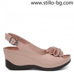 Розови дамски кожени сандали на платформа - 28888