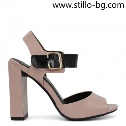 Дамски сандали на висок, стабилен ток от розов лак - 29124