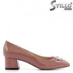 Розови дамски обувки от естествен лак - 29454