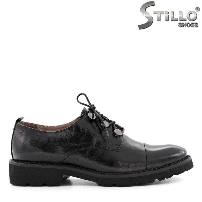 Дамски обувки с връзки от естествена черна кожа  - 29276