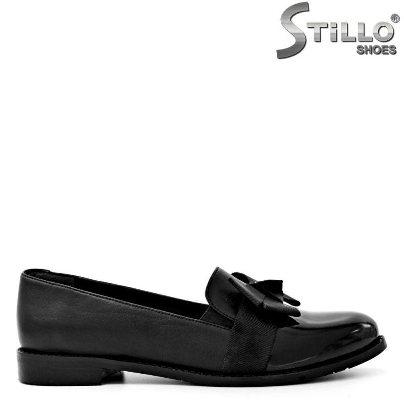 Обувки в черна кожа и лак , започващи от №34  - 29578