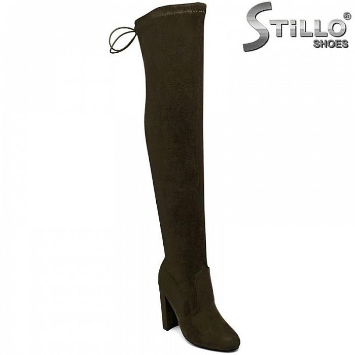 Зелени велурени чизми на висок широк  ток  -29608