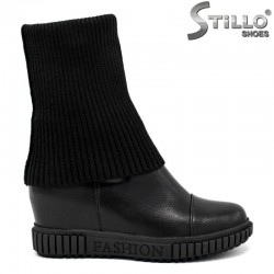 Черни  боти на равна подметка с чорапче - 27737