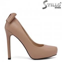 Розови обувки на висок ток и скрита платформа - 30070
