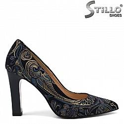 Обувки от естествен велур в синьо  - 30278