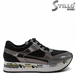 Дамски спортни обувки в сребро и черно  - 30428