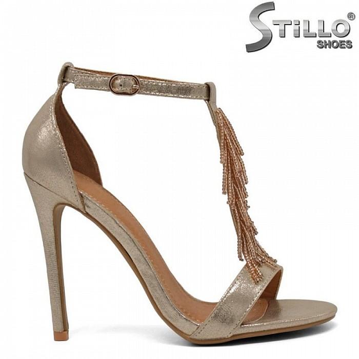 Златисти сандали на висок ток - 30195
