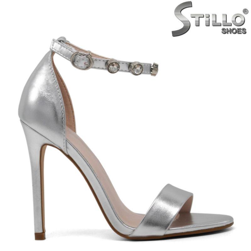 Сребристи сандали на висок ток - 30227