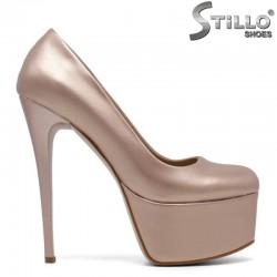 Елегантни дамски обувки на платформа и висок ток - 30105