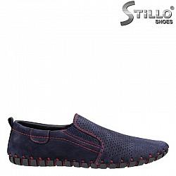 24649 - Мъжки обувки от син набук с червени шевове