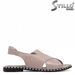 Кожени розови сандали с рапиди на нисък ток  - 30634