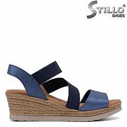 Дамски сини сандали на платформа от естествена кожа - 30868