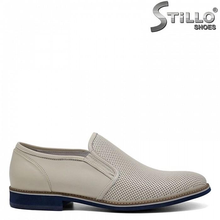 Мъжки бежови обувки с перфорация и два ластика - 30935
