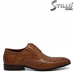 Кафяви обувки от естествена кожа с връзки - 30939