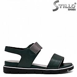 Ежедневни зелени сандали от естествена кожа с ластик - 31092