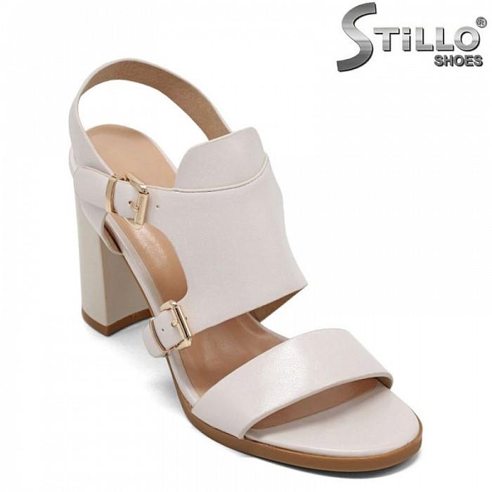 Дамски сандали с две катарами на висок ток - 31102