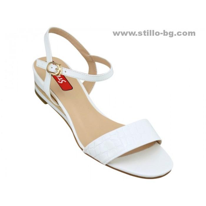 Арт. 24654 - Дамски сандали от бял лак със златна лента