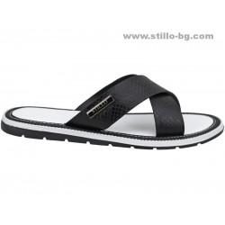 24831 - Мъжки чехли от естествена кожа в черно и бяло