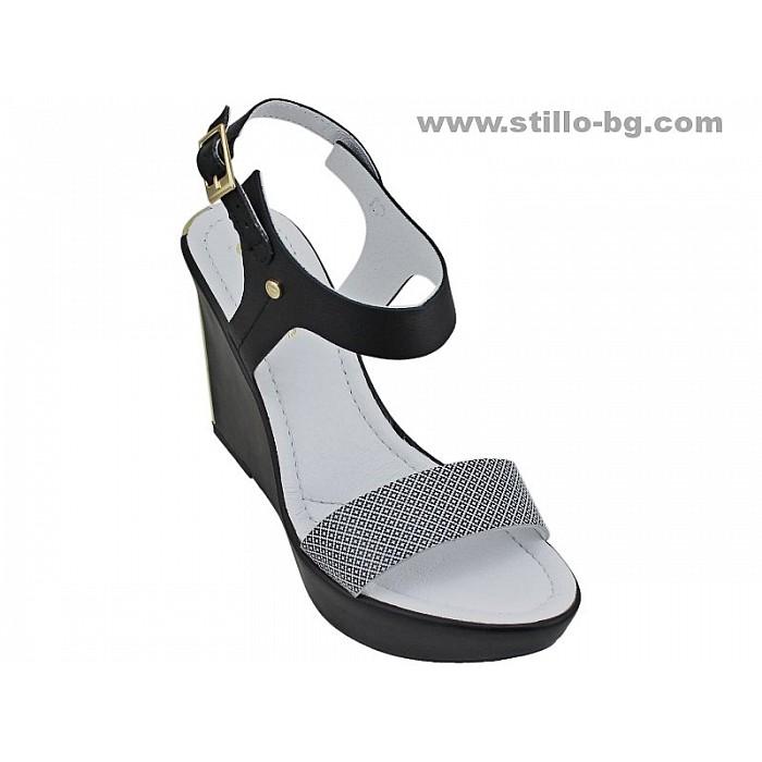 24862 - Сандали с платформа от естествена черна кожа