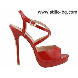 26124 - Дамски сандали от червен лак на платформа с висок ток