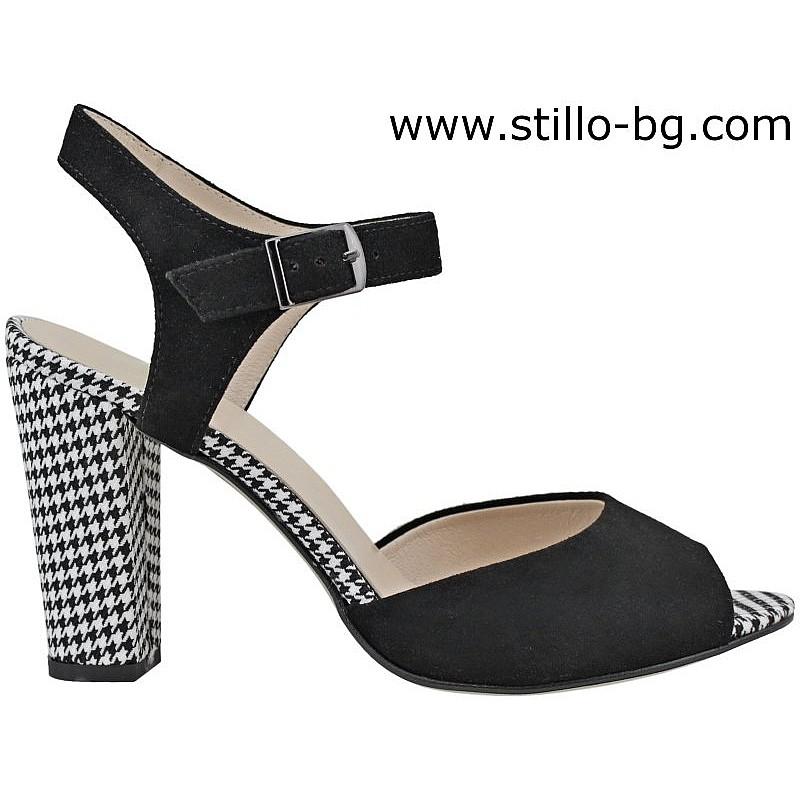 26549 - Елегантни сандали на висок ток