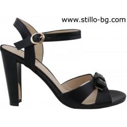 Дамски сандал от черна кожа с висок ток и панделка - 27136